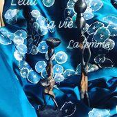 L'eau, la vie, la femme... MiLauRe confectionne pour vous des kimonos peints à la main. . . #silkgirl #silkdress #kimonostyle #parisianstyle #japanesegirl #soie #creator #madeinfrance #artisantdart #kimonolove #kimonolover #kimonofashion #kimonogirl